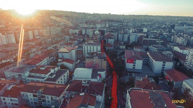 19 Mayıs'ın 100. yılında 1919 metrelik bayrakla yürüyüş