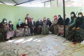 Atakum Belediyesi'nden kırsaldaki kadınlara nitelikli üretim eğitimi