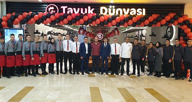 Tavuk Dünyası Tekirdağ'daki 2. Şubesini Tekira AVM'de Açtı