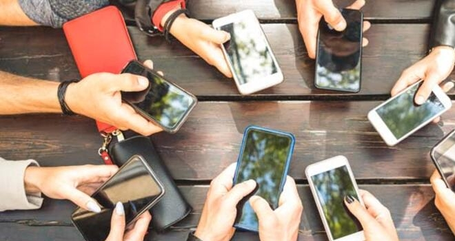 Cep Telefonları Kansere Neden Olur mu?