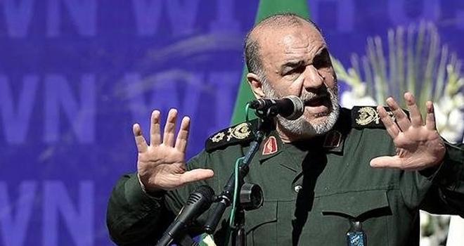 """İranlı generalden flaş sözler: """"ABD ile savaşın eşiğindeyiz"""""""