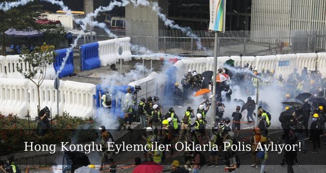 Hong Konglu Eylemciler Oklarla Polis Avlıyor!