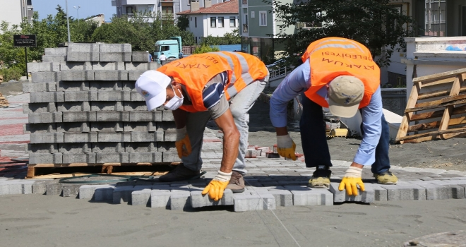 Atakum Belediyesi'nden 22 mahalleye toplam 55 bin metrekare kilitli taş parke