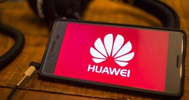 Huawei'ye bir darbe daha!
