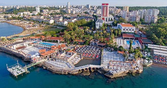 Antalya'nın En Güzel Sahili Lara'da Ağırlamaya Hazır!