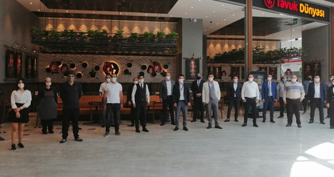 Tavuk Dünyası Ankara'daki 15.Restoranının Kapılarını Açtı
