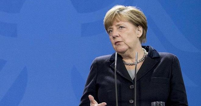 Angela Merkel'in corona virüs test sonucu belli oldu