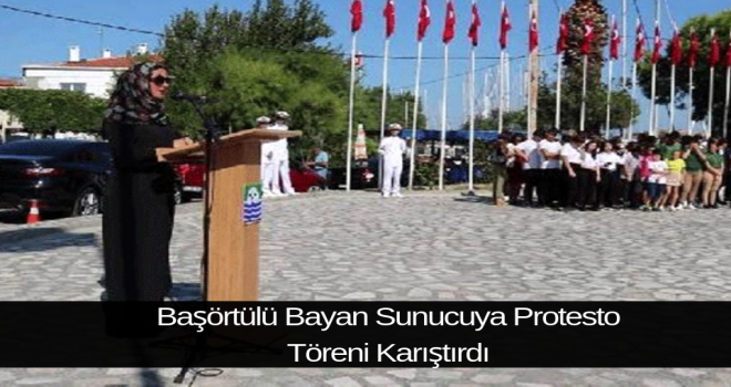 Başörtülü Bayan Sunucuya Protesto Töreni Karıştırdı